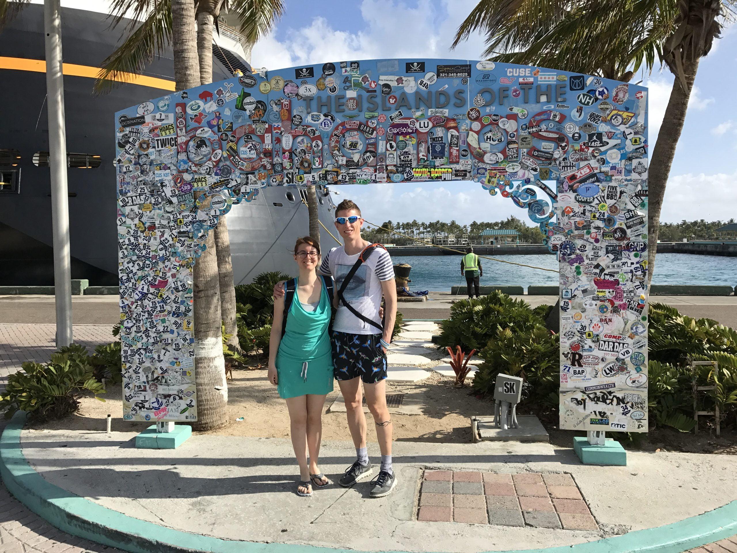 Cartello di benvenuto alle Bahamas