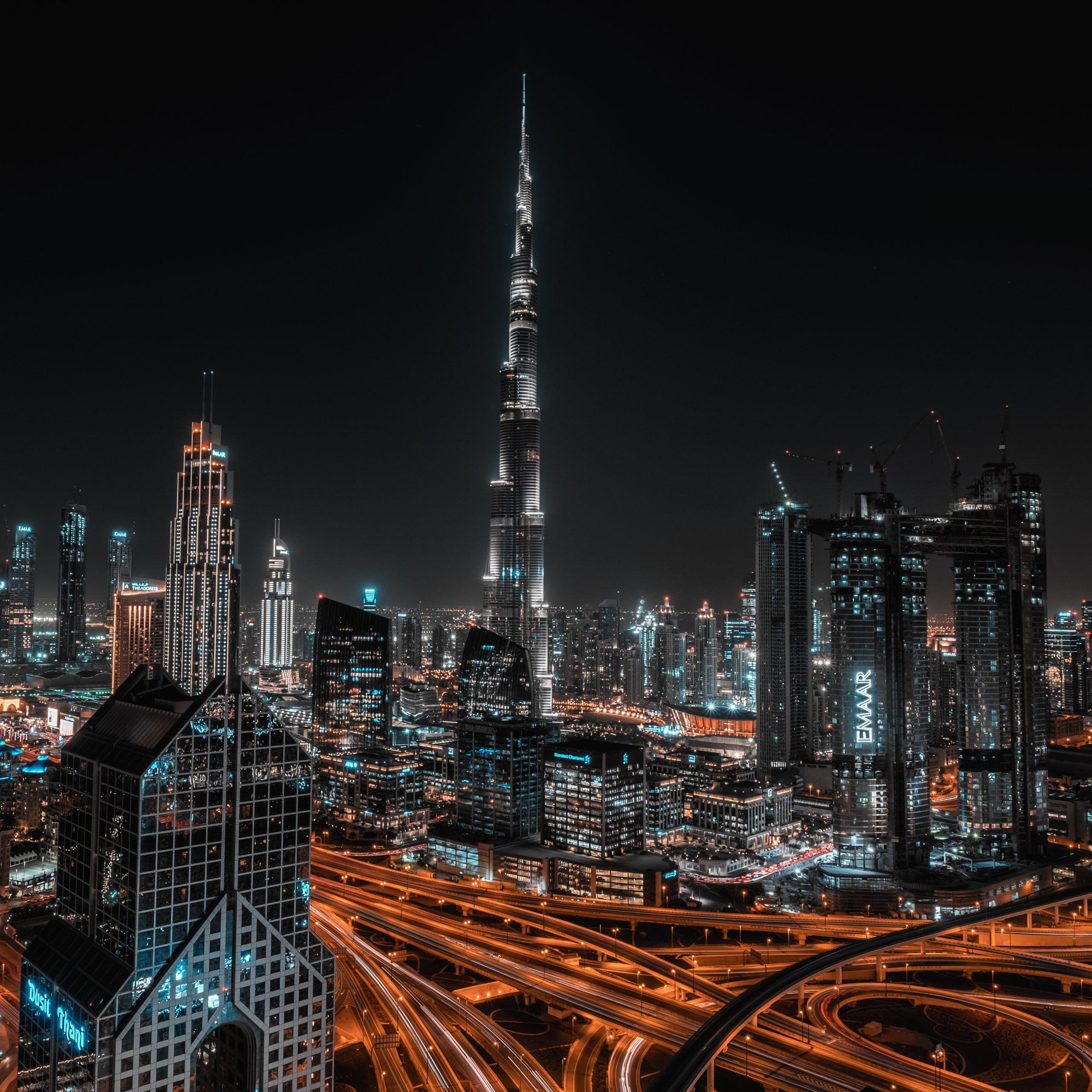 Dubai vista dalla terrazza di un rooftop